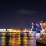 サンクトペテルブルクで跳ね橋と限定スタバタンブラーをもとめて
